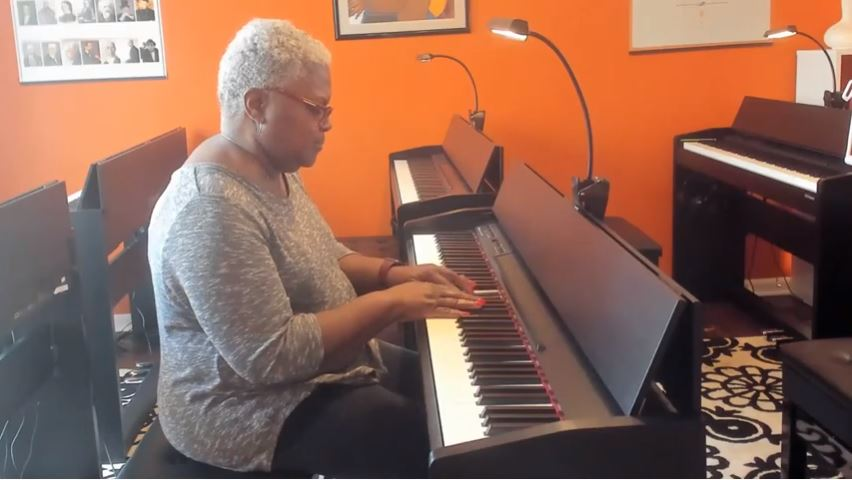 piano classes for seniors in Owings