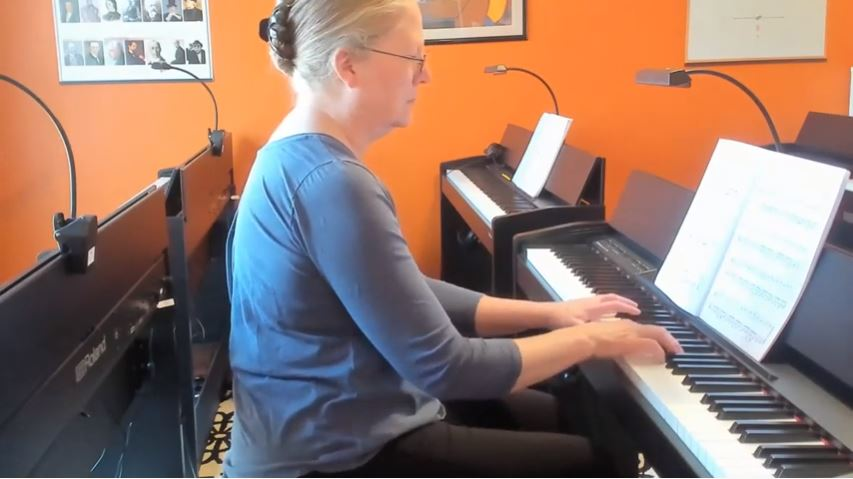 adult piano lessons in Maryland